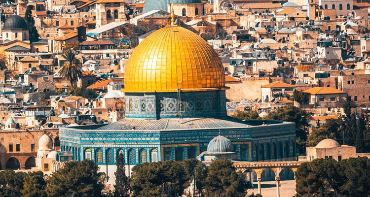 Palestine-Vs-Israel,-history,-conflict-and-war